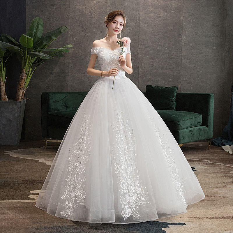 White Floor Length Princess Ball Gown Wedding Dress off the sholder Appliques Lace Garden Formal Bridal wedding Gown Plus Size