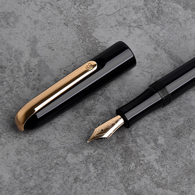 KACO MASTER 14K Fountain Pen with Aluminum Pen Holder and Converter, Fine Point 0.5mm Collection Business Office Gift Set