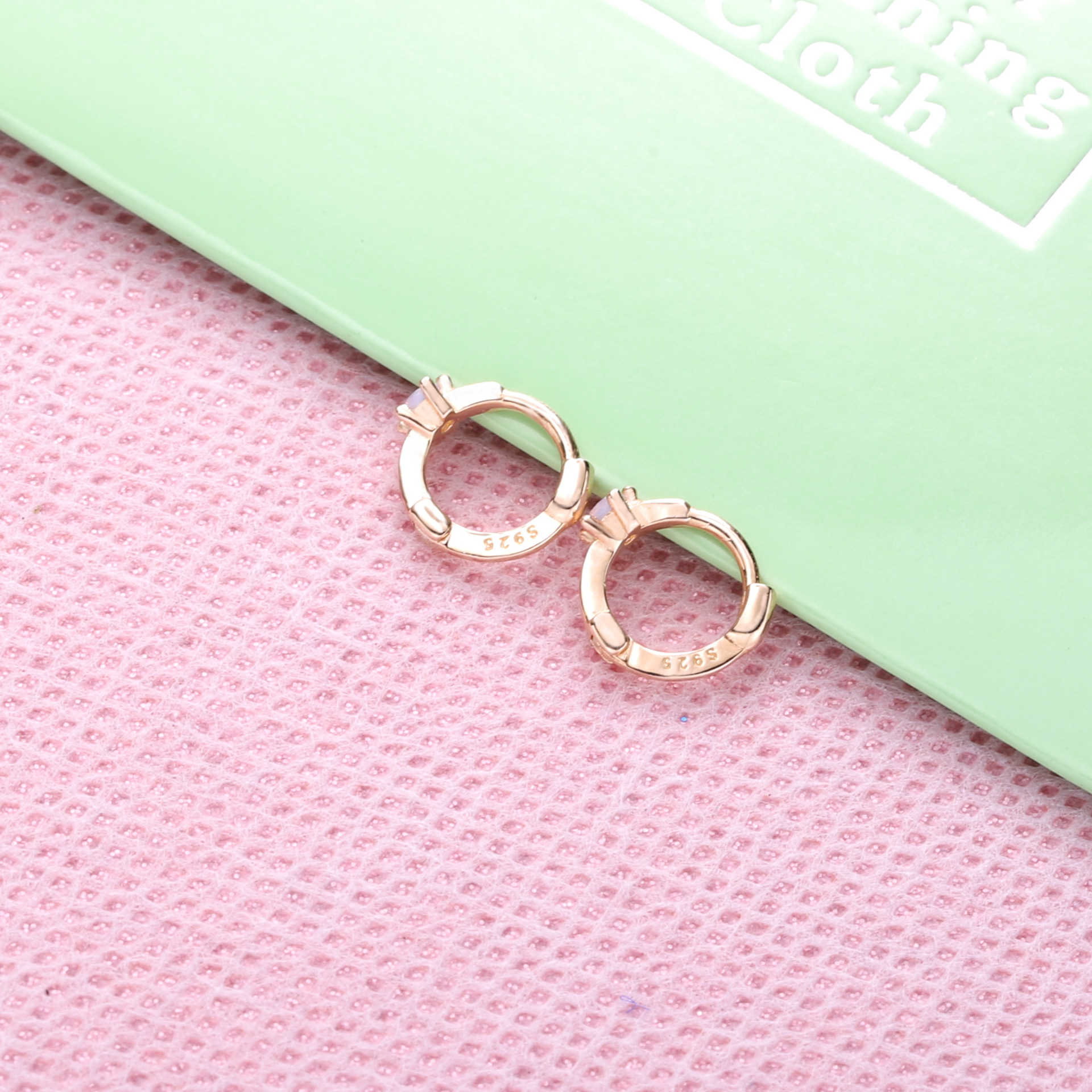 Slovecabin 925 Sterling Silver Opls Mini Huggies Lingkaran Anting-Anting Loop Lingkaran CZ Telinga Warna Emas Wanita Pernyataan Perhiasan