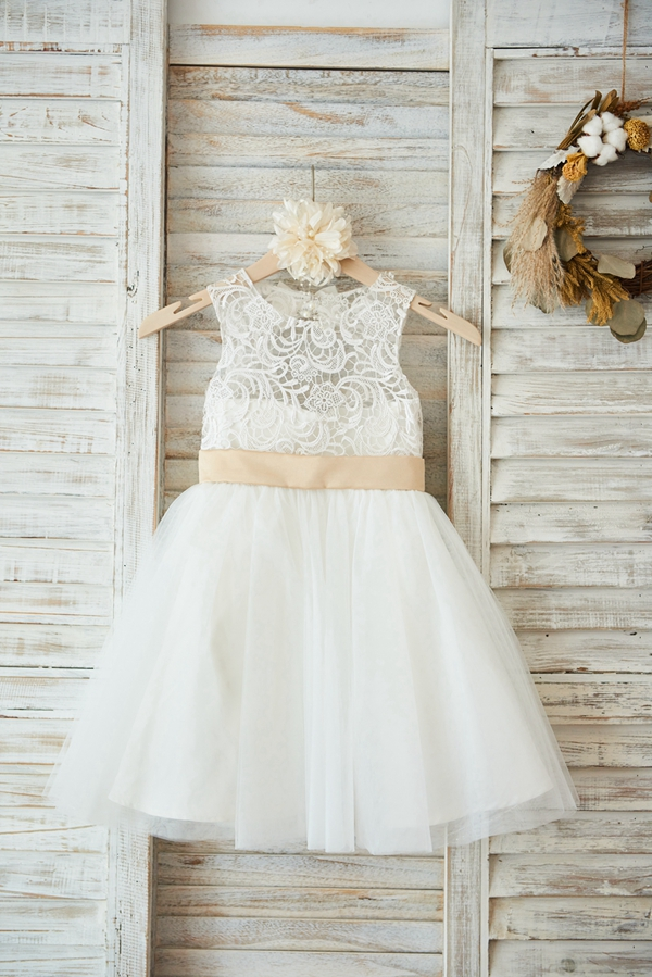 Flower Girl Dress With Big Bow Sashed Ball Gown Scoop Knee-length Sleevelss Lace Tulle Backless