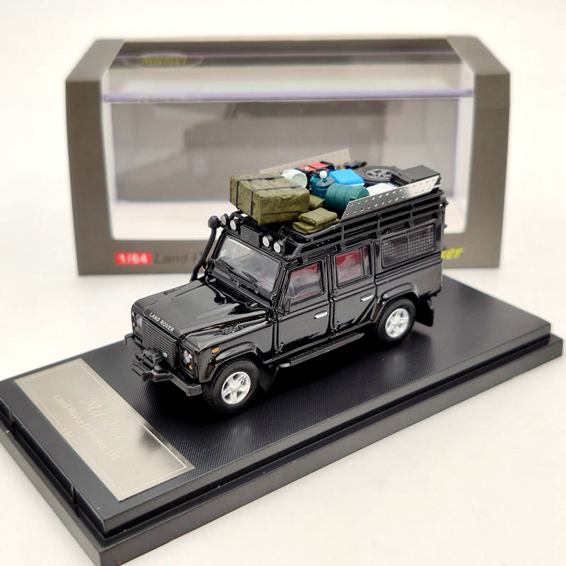 Master 1:64 Scale Land Rover Defender 110 Diecast Model Car With Luggage Toys Car Rack 3 Colors