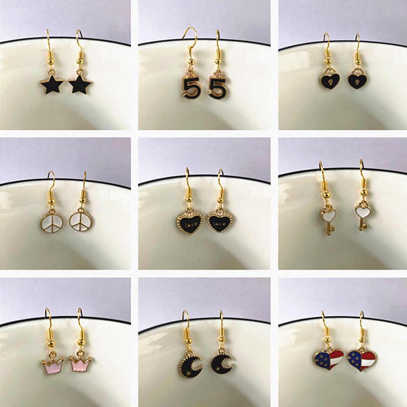 Charm ผู้หญิงขนาดเล็กต่างหูหัวใจสีดำ Star Moon Key Crown ต่างหูเครื่องประดับมินิการ์ตูน DROP ต่างหูสำหรับสาวนักเรียน