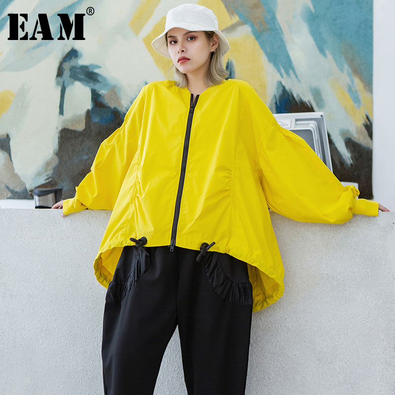 [EAM] Loose Fit Yellow Drawstring Big Size Jacket New Stand Collar Long Sleeve Women Coat Fashion Tide Spring 2020 1T087