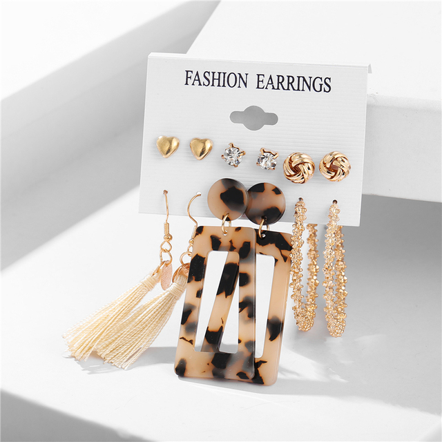 various earring bunches 4