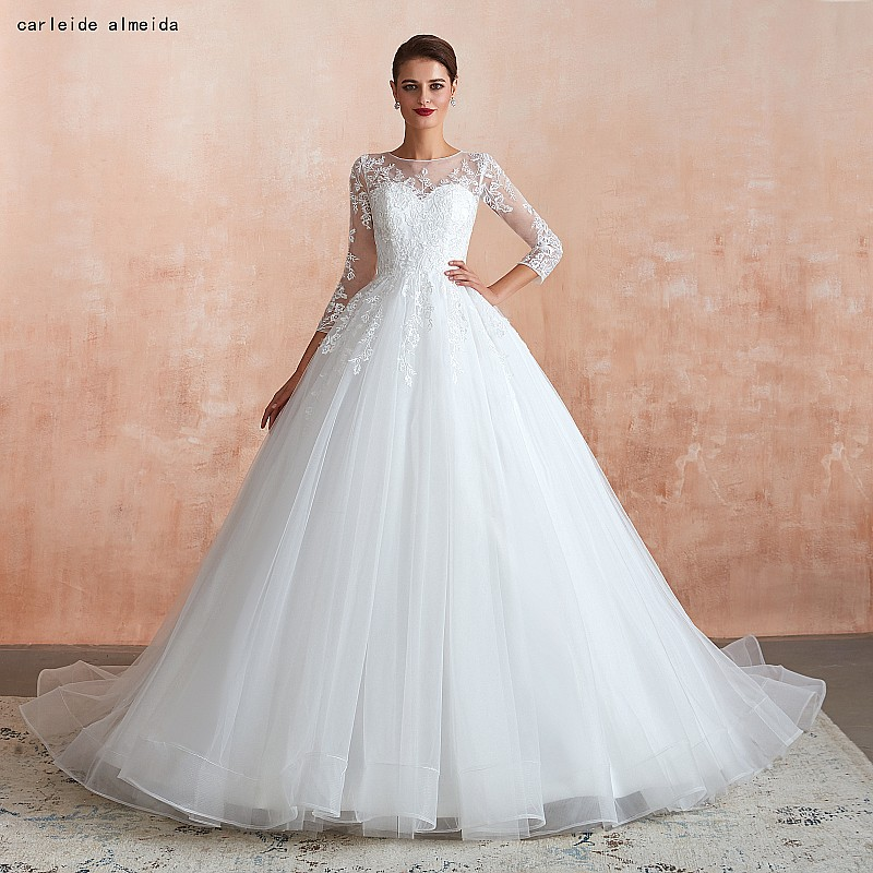Soft Tulle Ball Gown Princess Wedding Dress With Lace Appliques 50cm Tail Long Sleeves Wedding Dresses