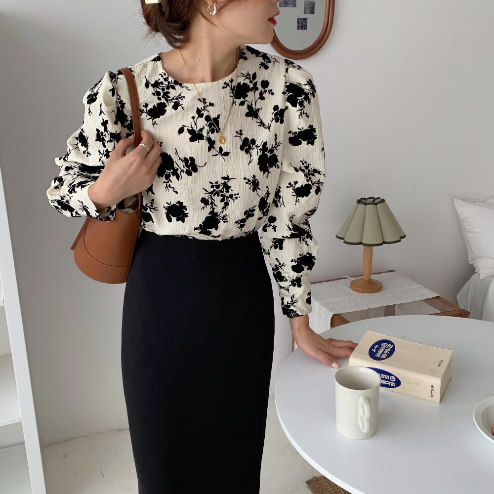 H29573f51eb664e809f625bd1c783a672G - Spring / Autumn Korean O-Neck Long Sleeves Two-Button Cuffs Floral Print Blouse