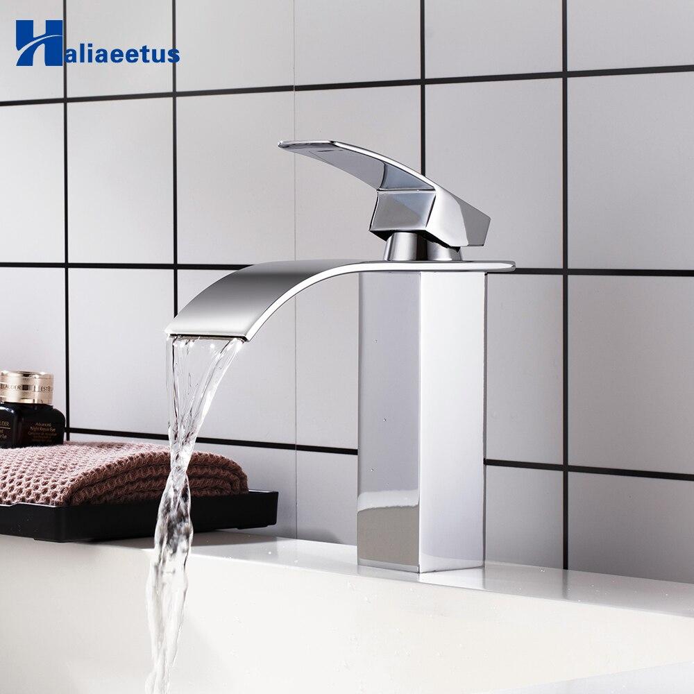 Robinet d'évier de salle de bain robinet de lavabo chromé cascade froide et chaude robinet de lavabo poli monotrou robinet mitigeur d'évier monté sur le pont