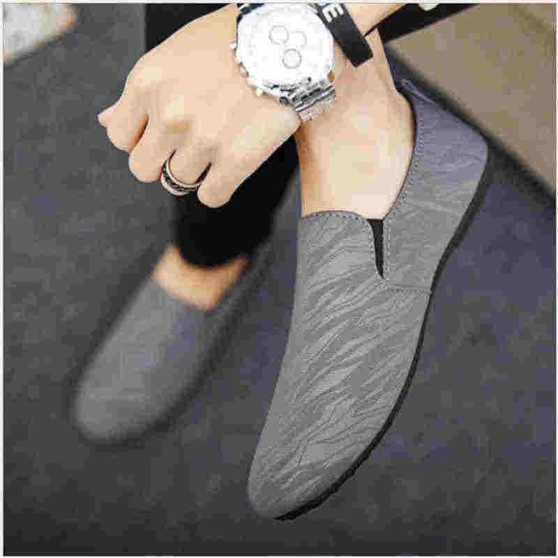 Мужские лоферы; Повседневная обувь для мужчин; коллекция 2019 года; сезон весна-лето; парусиновая Мужская обувь легкая дышащая модная обувь на плоской подошве