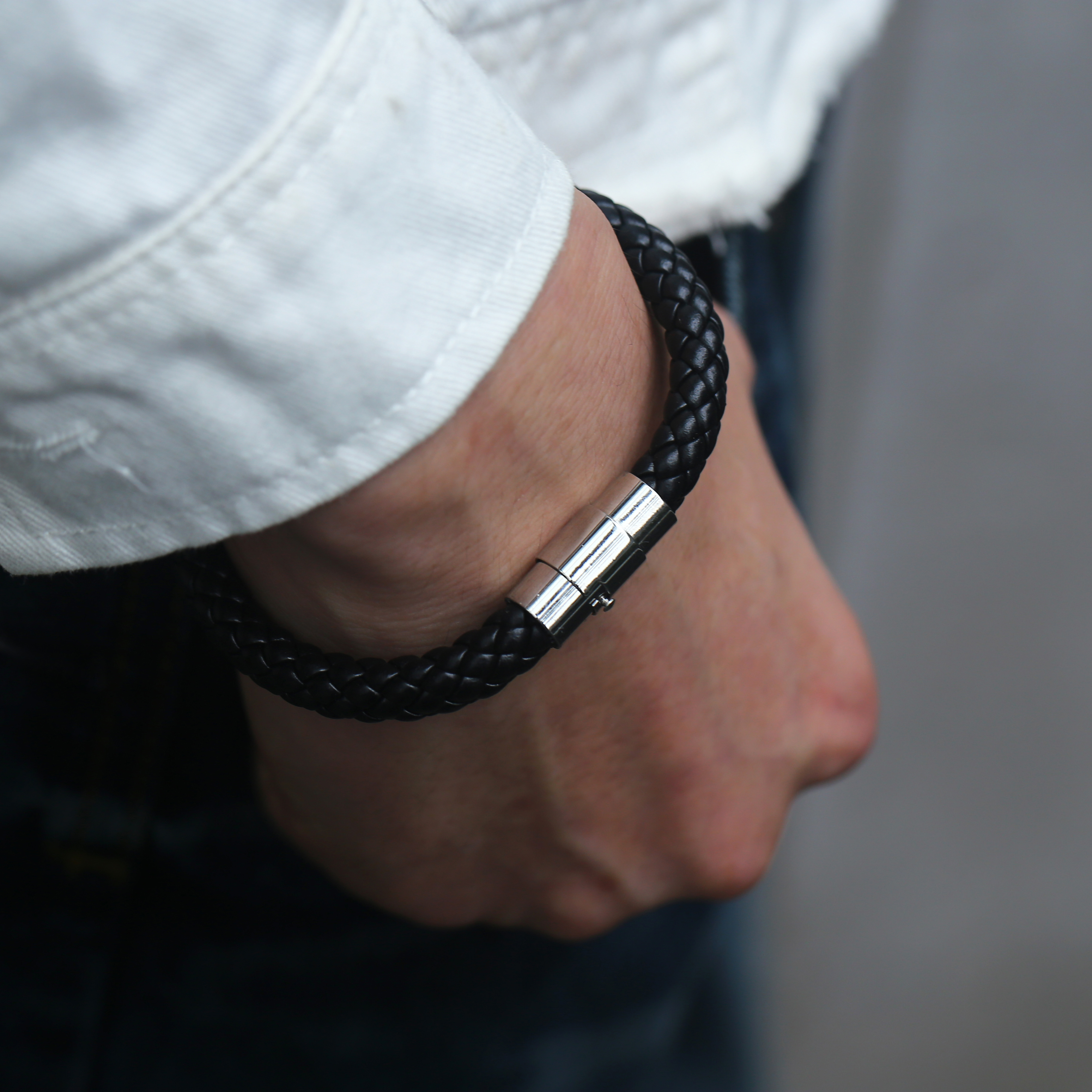 4/6/8mm Men's Leather Bracelet Black Brown Braided Bracelets Male Jewelry Gift Stainless Steel Magnet Clasp LBM118A