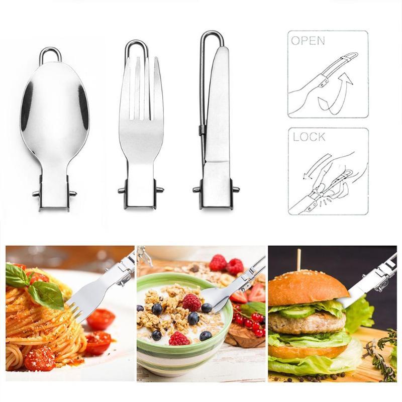 cozinhar frigideira chaleira colher faca mesa 03