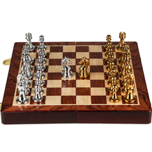 Classic Zinc Alloy Chess Pieces wood grain board Game Outdoor leisure entertainment golden High Quality the qenueson