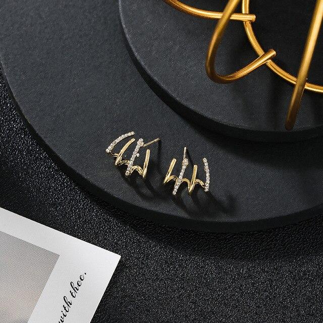 New contracted small Geometric metal Earrings 2020 Korean shiny crystal sweet fresh senior Women Stud Earrings 4
