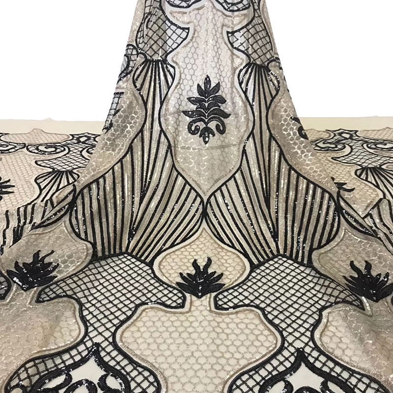 2020 Latest African Lace Fabric With Sequins High Quality Swiss Voile Lace Fabric For Nigeria Wedding Evening Sexy Dress 5 Yards