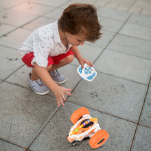 Gesto balanço braço girando stunt rock crawler rolo carro 360 graus flip crianças robô de controle remoto rc condução carros brinquedos gesto