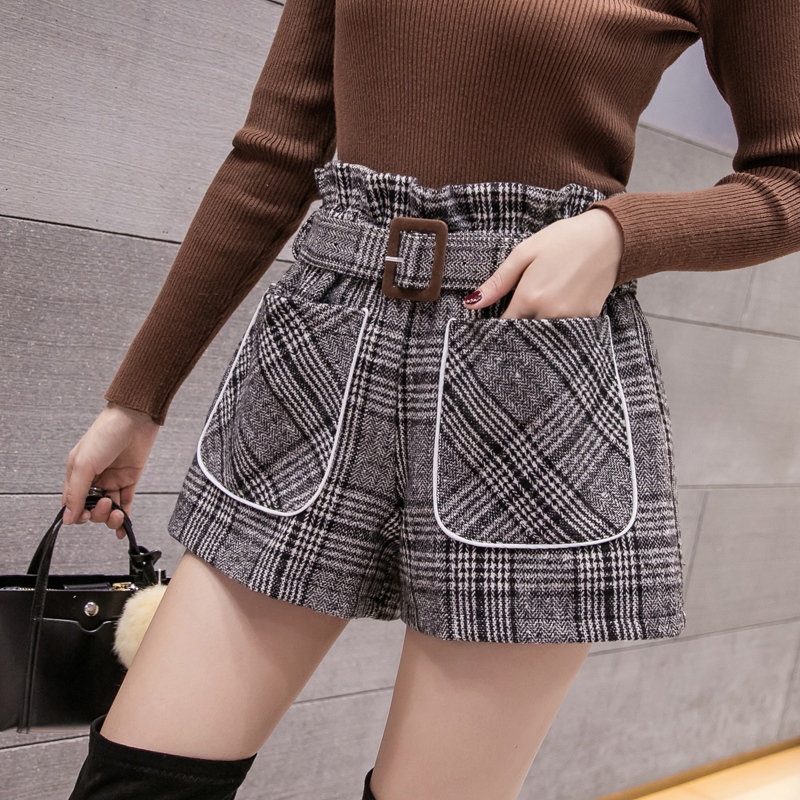 Autumn And Winter 2019 New Style Women's Retro High-waisted Shorts Loose Chequered Broad-legged Shorts Wool Shorts Include Belt