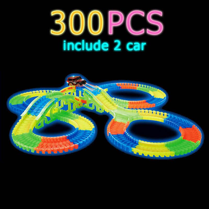 Karanlıkta parlayan yarış araba parça seti viraj esnek parça LED araba tren DIY oyuncaklar hediye çocuk çocuk 300/256/128/136/80/56 adet