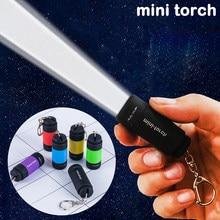 Lampe de poche LED porte-clés Mini torche portable à l'extérieur batterie intégrée étanche USB randonnée rechargeable pour le Camping en plein air