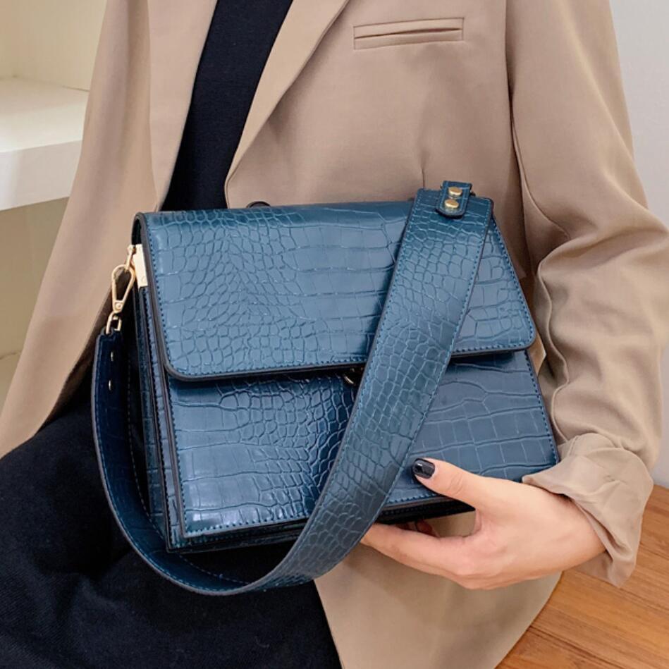 Luxury Brand Female Tote Bag 2019 Fashion New Quality Leather Women's Designer Handbag Crocodile Pattern Shoulder Messenger Bag