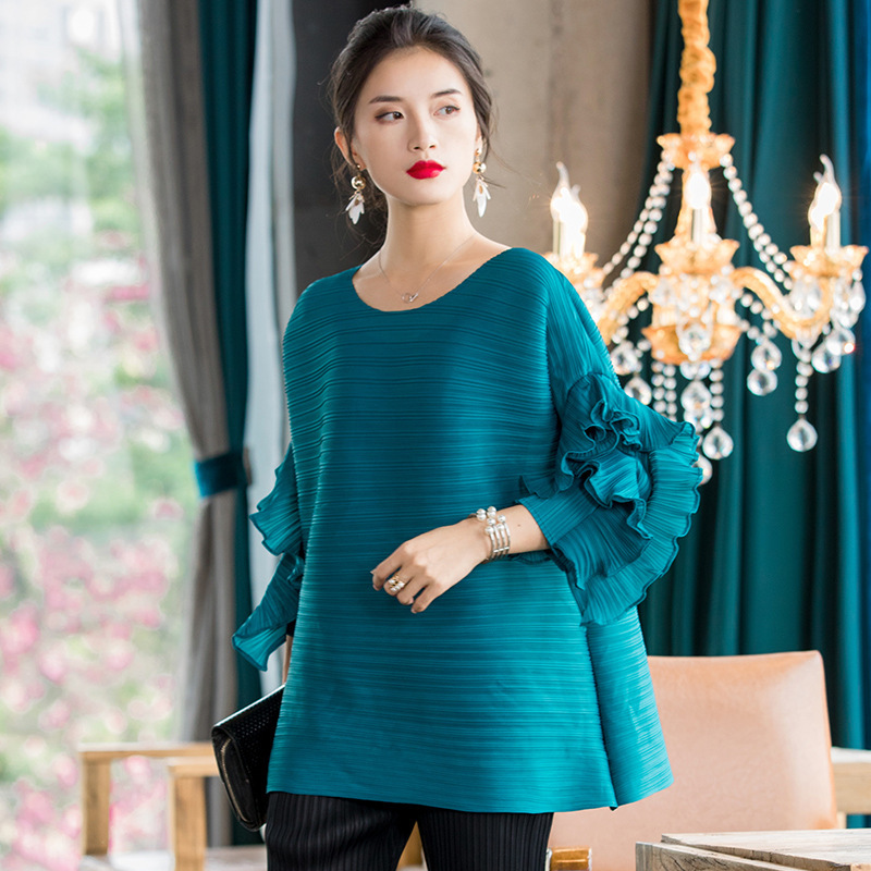 LANMREM 2020 New Spring Solid Color Round Collar Petal Sleeve T-shirt Women Vintage Loose All-match Casual Pleated Tops PD778