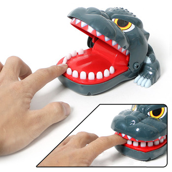 Innovative Biting Finger Cartoon Crocodile Children's Toy Small Exquisite Desktop Games Bite Hands Tricky Gift Toys such small hands