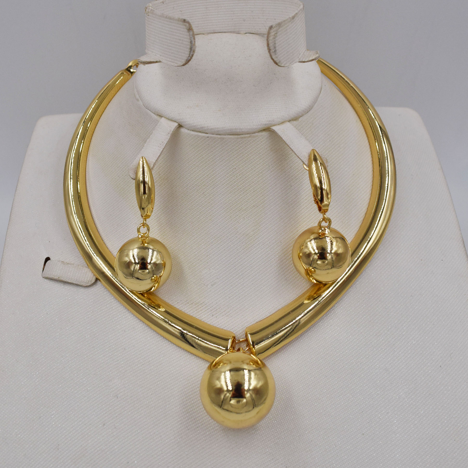 High Quality Ltaly 750 Gold color Jewelry Set For Women african beads jewlery fashion necklace set earring jewelryJewelry Sets   -
