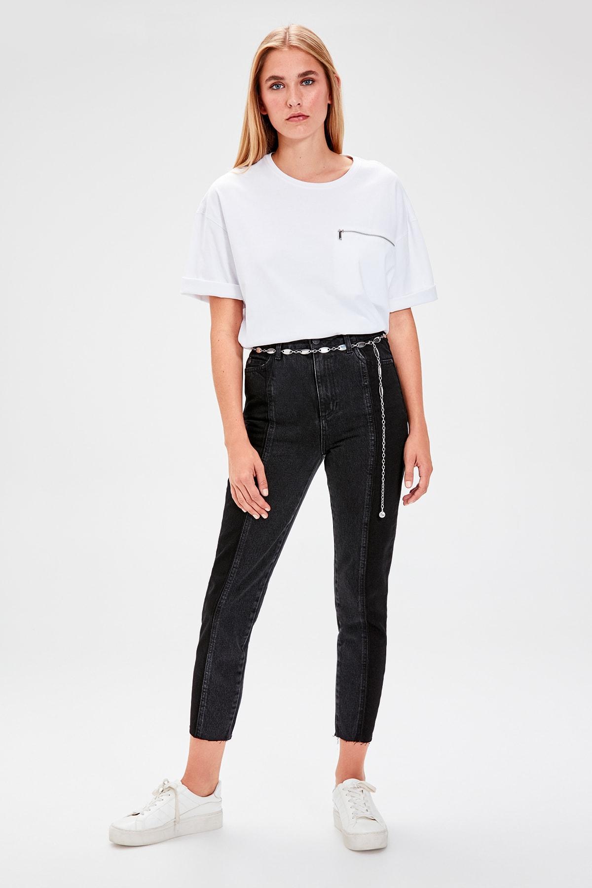 Trendyol Black Block Wash Detailed High Bel Mom Jeans TWOAW20JE0109