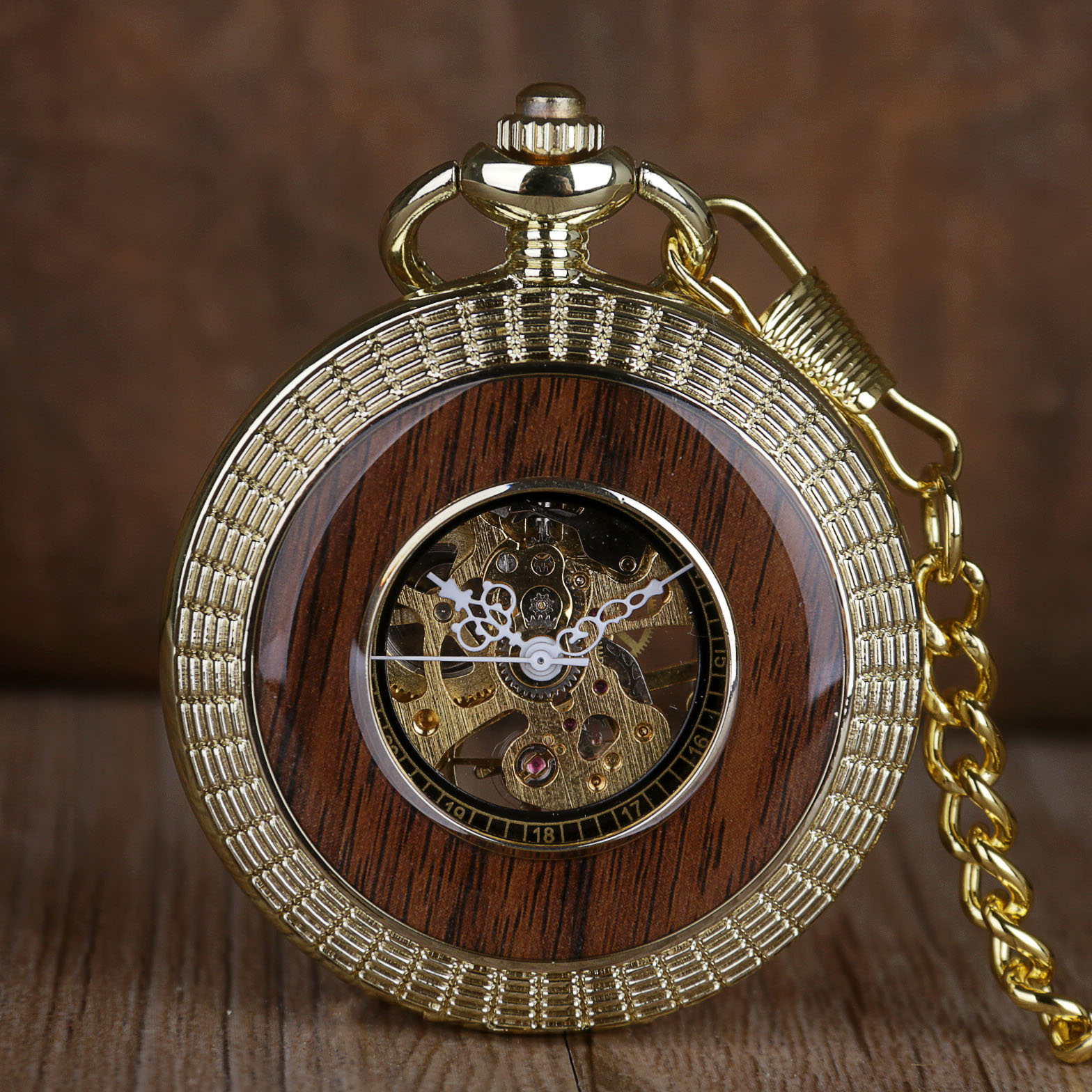 Vintage Wood Circle Pocket Watch Carved Number Dial Mechanical Pocket Watch Men Unique Hollow Steampunk Mechanical Clock Watches
