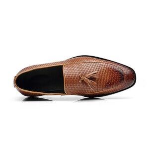Image 5 - 37 48 גברים נעליים מזדמנים מוקסינים עור מותג נוח קלאסי יוקרה אלגנטי אופנה בתוספת גודל לנשימה לופרס גברים # b02