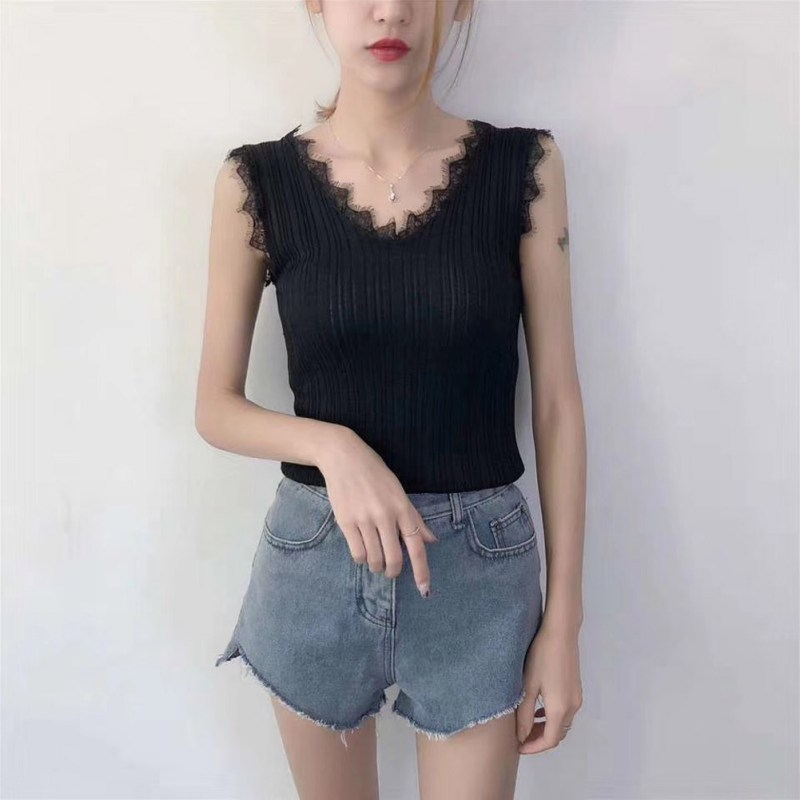 2019 Simple Fashion Summer Womens Vest Sexy Slim Tanks Top Women Lace Stitching Tanks Top Sleeveless Solid Color Vest in Tank Tops from Women 39 s Clothing