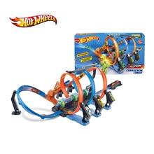 Hot Wheels Super acrobatica pista di manovella cavatappi Set di binari catena angolo impatto Racing Car loop giocattoli per bambini regalo di natale FTB65