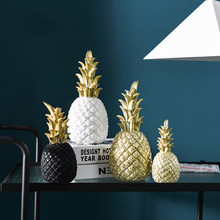 Modern Style Resin Pineapple Crafts Home Decoration Ornament Golden Fruit Creative Living Room Desktop Decor