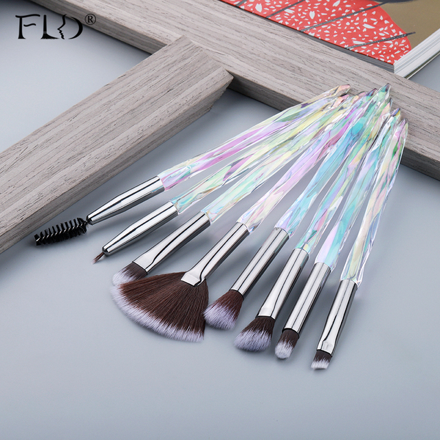 FLD  Eye Brush  Diamond Makeup brushes Set Professional Crystal Eye Shadow Lip Eyebrow Brushes High Quality Lip Eyeliner Tools