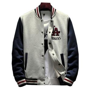 Image 1 - 2020 New Arrival na jedno ramię wygodna strój baseballowy płaszcz mężczyzna Bomber Jacket mężczyźni rękaw ze ściągaczem marki odzież gorąca sprzedaż polar łączone
