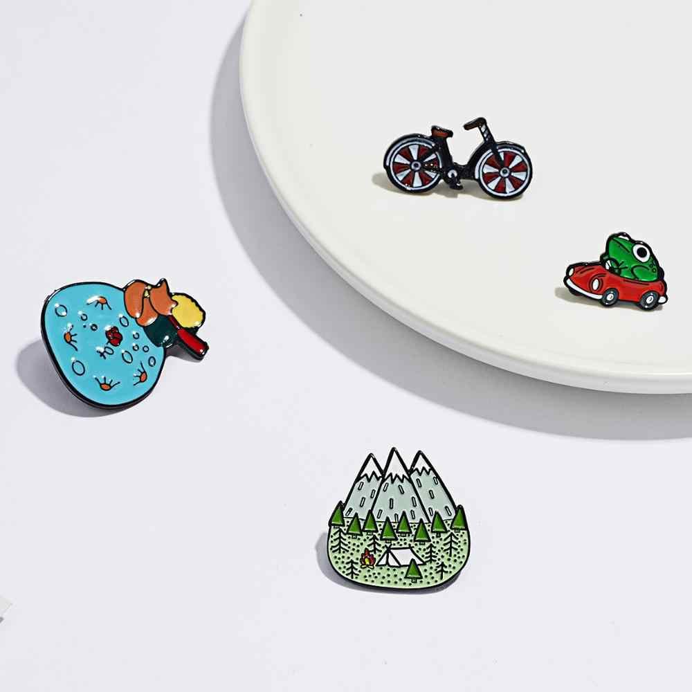 Montagne di Legno Jungle/Non Essere Un Noioso Adulti/Rana di Guida Rosso Auto a Gas/Della Bicicletta Dello Smalto Spille distintivo Spilla Cappello di Accessori Del Sacchetto