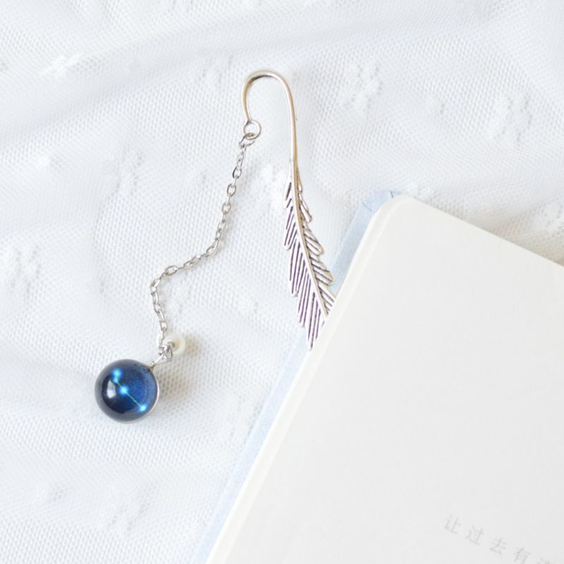 Creative Noctilucent 12 Constellation Bookmark Pendant Metal Book Marker Stationery School Office Supplies LX9A