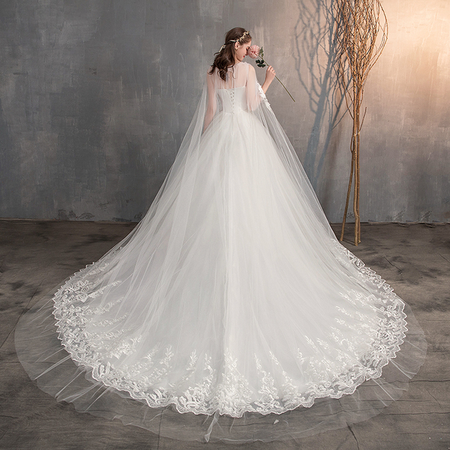 2021 Chinese Wedding Dress With Long Cap Lace Wedding Gown With Long Train Embroidery Princess Plus Szie Bridal Dress 5