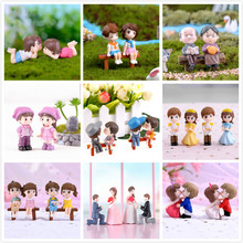 1set Boy Girl Home Decor Sweety Lovers Couple Chair Figurines Miniatures Terrariums Fairy Garden Moss Children Toy Resin Craft