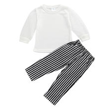 Модные комплекты одежды для маленьких девочек трикотажная белая