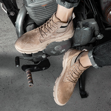 Buty Sneaker mężczyźni gorące męskie oddychające wypoczynek skórzane męskie czarne płaskie buty modne trampki buty męskie męskie sportowe męskie nowa wyprzedaż tanie tanio Kalorzze Podstawowe Flock ANKLE Stałe Dla dorosłych Mikrofibra Okrągły nosek RUBBER Zima Niska (1 cm-3 cm) 607-1 Lace-up