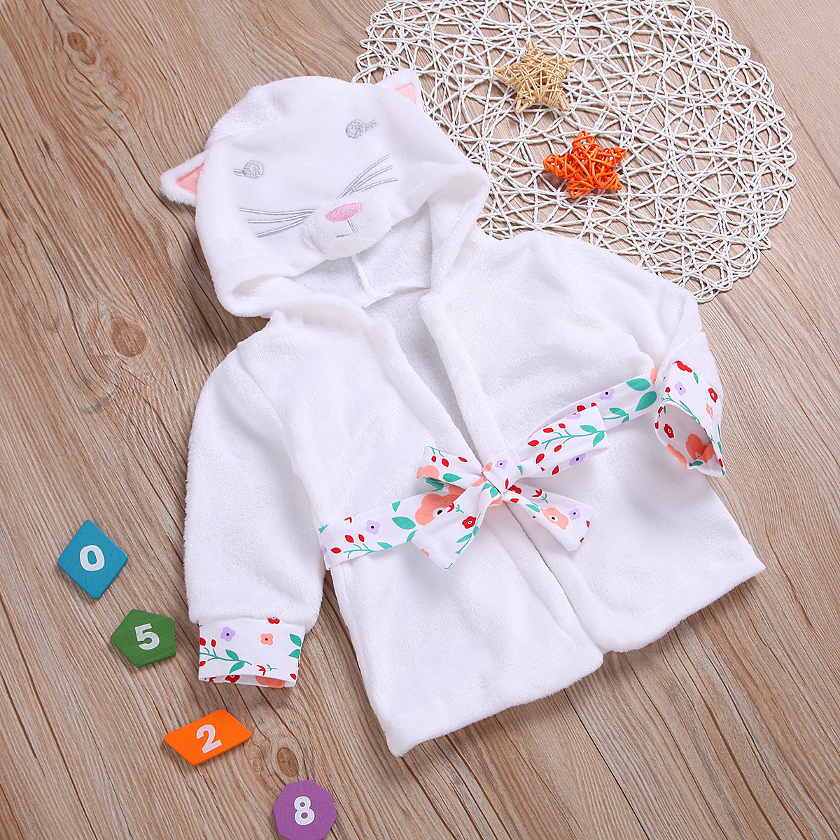 Hot Selling Childrenswear White Cartoon Cute Cat Hooded Long Sleeve Women's Robes Children Tracksuit Pure Cotton Pajamas