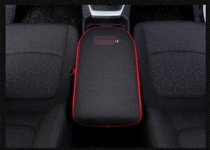 Image 5 - Super włókno węglowe lub czarny skórzany podłokietnik centralny samochodu pokrywa dla Toyota RAV4 RAV 4 XA50 2019 2020 akcesoria samochodowe