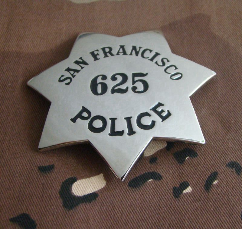 United States Classic SAN FRANCISCO POLICE Pin Badge Replica Movie Prop Copper POLICE No.625 Shirt Lapel Badge Brooch Pin 1:1