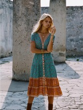 New fall and summer 2019 European Women's Dresses Autumn Dresses Bohemian Wind Printed Beach Outdoor Large Size Long