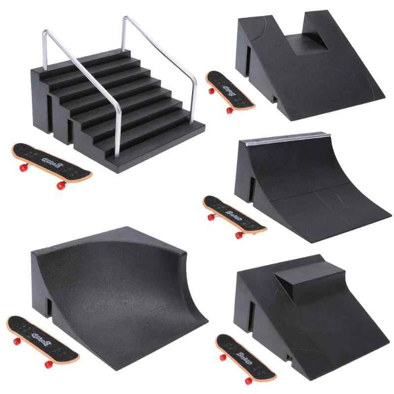 Finger Training Games Finger Skating Board with Ramp Parts Track Kids Toys Gift Skate Park Fingerboard Mini Skateboard Toys