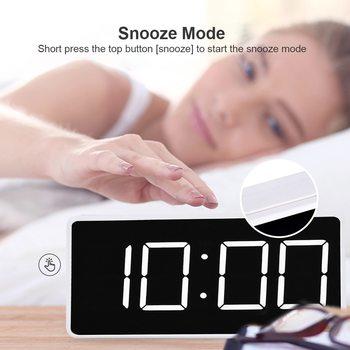 Alarm z wyświetlaczem LED zegar cyfrowy LED elektroniczny kalendarz z termometrem zegar Tablelarm USB ładowanie ławka szkolna zegary tanie i dobre opinie CN (pochodzenie) SQUARE DIGITAL Kalendarze Z tworzywa sztucznego Nowoczesne Funkcja drzemki Jedna twarz