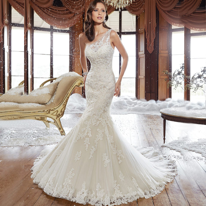 WV530 Fashionable New Arrival One Shoulder Lace Top Part With Long Train Tulle Mermaid Lace Wedding Dress 2015