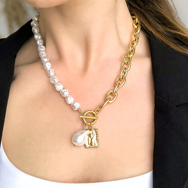 17KM Fashion Long Pearl Necklace For Women Boho Multilayered Pearl Pendant Necklace 2021 Trend Choker Sweater Chain Jewelry 5