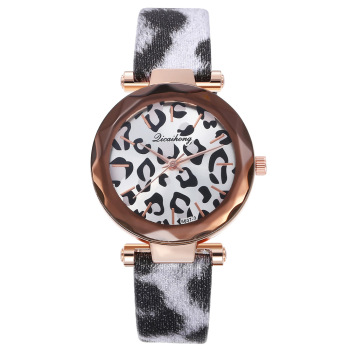 Womens watch new fashion leopard print leather all-match strap personality alloy quartz часы женские