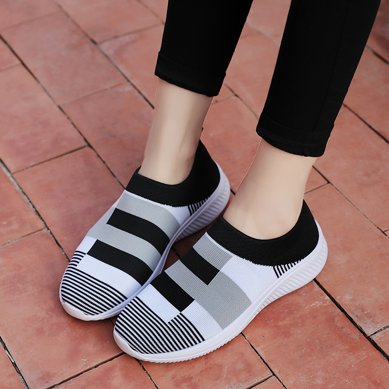 Women's Casual Vulcanized Shoes Woman Mesh Sneakers Women Knitted Flat Ladies Slip On Female Footwear Size 42 Feminino Zapatos 5