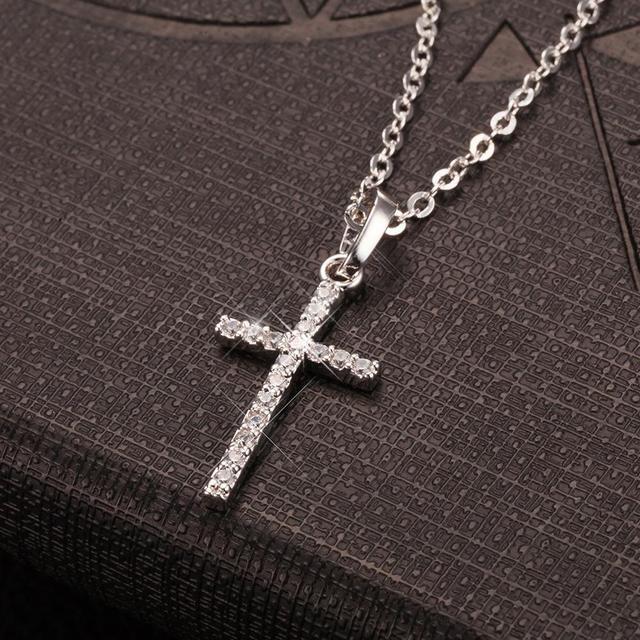 Fashion Female Cross Pendants dropshipping Gold Black Color Crystal Jesus Cross Pendant Necklace Jewelry For Men/Women Wholesale 2